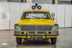 MOSKWA, AUG - 2016: GAZU 24 Volga pospolitego ruszenia policja GAI przedstawiająca przy MIAS Moskwa samochodu Międzynarodowym sal Obraz Stock