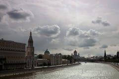 Moskwa Kremlowska panorama w pogodnym letnim dniu Obrazy Stock