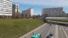 Moskwa, kwiecień 24 2018 Savelkinsky przejście jeden ulicy w centrum Zelenograd zdjęcie wideo