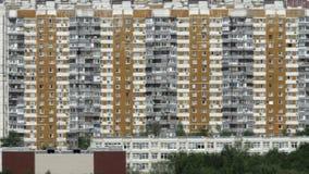 Moskwa pejzaż miejski z highrise mieszkania domami, Rosja zbiory wideo