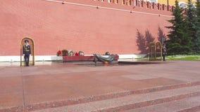 Moskwa Rosja, Czerwiec, - 28, 2017: Grobowiec Niewiadomy żołnierz zbiory