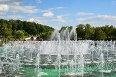 Moskwa Rosja, Czerwiec, - 08 2016 Muzykalna fontanna Tsaritsyno muzeum Obrazy Royalty Free