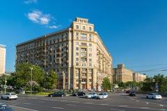 Moskwa, Rosja -03 2016 Czerwiec Ogólnego widoku Smolenskaya bulwar Zdjęcie Royalty Free