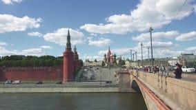 Moskwa Rosja, Czerwiec, - 28, 2017: Widok Kremlin Kremlowska ściana, St basilu ` s katedra i Bolshoy, Moskvoretsky zbiory