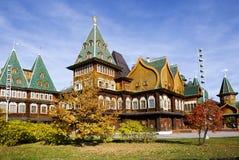 Moskwa, Rosja, drewniany pałac car Alexey Mikhailovich w Kolomenskoye odbudowie zdjęcia royalty free