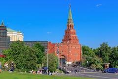 Moskwa Rosja, Maj, - 27, 2018: Borovitskaya wierza Moskwa Kremlin Widok od Borovitskaya kwadrata Fotografia Royalty Free