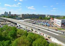 Moskwa Rosja, Maj, - 13 2016 Odgórny widok na wiadukcie Kryukovskaya w Zelenograd Obrazy Royalty Free