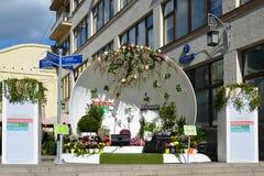 Moskwa Rosja, Maj, - 06 2017 pusta scena na festiwalu acappella Moskwa wiośnie na Ulicznym Kuznetsk moscie Fotografia Royalty Free