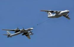 MOSKWA ROSJA, MAJ, - 7, 2015: Rosyjski siły powietrzne IL-78M powietrze-powietrze refueling Obrazy Royalty Free