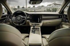 MOSKWA ROSJA, MAJ, - 3, 2017 VOLVO V90 PRZECINAJĄCY kraj, wewnętrzny widok Test nowy Volvo V90 Przecinający kraj Ten samochód jes Zdjęcie Stock