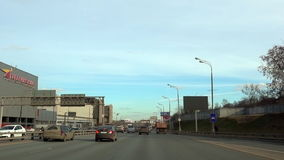 Moskwa, Rosja - 25 Marzec 2017: Gagarinsky centrum handlowe - zakupy i entertaiment centrum zbiory wideo