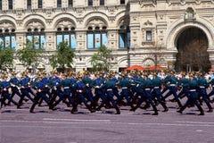 Moskwa, Rosja, może 26, 2007 Rosyjska scena: rozwodowi końscy strażnicy w Moskwa Kremlin na placu czerwonym Obrazy Royalty Free