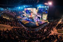 MOSKWA ROSJA, PAŹDZIERNIK, - 27 2018: EPICENTRUM kontuaru strajk: Globalny Obrażający esports wydarzenie Głównej sceny miejsce wy obrazy royalty free