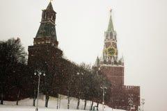 Moskwa, Rosja, plac czerwony, widok St basilu katedra w zimie Fotografia Stock