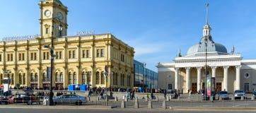 Moskwa Rosja, Wrzesień, - 25 2017 Leningradsky staci metru i staci kolejowej Komsomolskaya pierścionek Obraz Stock