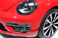 MOSKWA - 29 08 2014 - Samochodu Moskwa samochodu Powystawowego Międzynarodowego salonu czerwoni samochody na wystawie w wszystkie Fotografia Stock