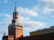 Moskwa Spasskaya Kremlowski wierza przy zmierzchem 2011 Zdjęcie Stock