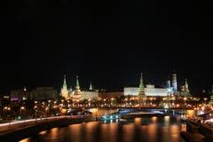 Moskwa w noc Kremlin Zdjęcie Royalty Free