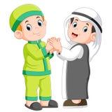 Moslem man två och hans bästa vän som skakar händer stock illustrationer