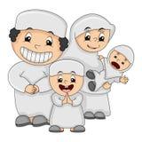 Moslemische glückliche Familienkarikatur-Vektorillustration lizenzfreie stockbilder