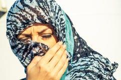 Moslemisches Mädchen tragendes higab Lizenzfreie Stockfotos