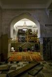 Moslems beten in der Moschee auf Eid al Adha in St Petersburg Stockbilder