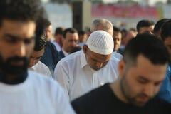 Moslems, die Eid al-Fitr feiern Stockfotos