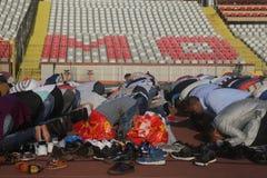 Moslems, die Eid al-Fitr feiern Stockbilder