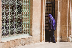 Moslim binnengaande Moskee Stock Afbeeldingen