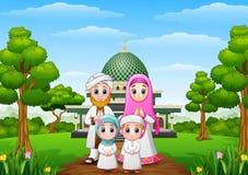 Moslimfamiliesbeeldverhaal met moskee in het bos royalty-vrije illustratie
