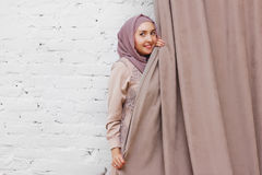 Moslimvrouw in hijab Royalty-vrije Stock Foto's
