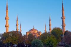 Mosquée bleue à Istanbul, sur le coucher du soleil images stock