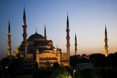 Mosquée bleue au coucher du soleil Images stock