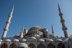 Mosquée bleue, Istanbul, Turquie avec le ciel bleu ci-dessus Images libres de droits