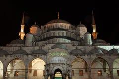 Mosquée bleue la nuit photo stock