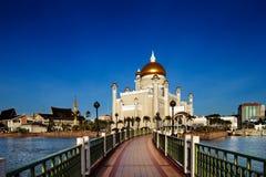 Mosquée d'Omar Ali Saifuddien de sultan au Brunei images libres de droits