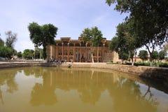 Mosquée de bolo-Hawz dans la ville de Boukhara, l'Ouzbékistan photos libres de droits