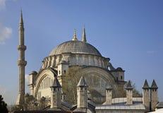 Mosquée de Nuruosmaniye à Istanbul La Turquie photographie stock libre de droits