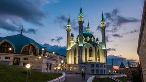 Mosquée de sharif de Kul à Kazan le Kremlin Russie, timelapse, beau paysage urbain égalisant banque de vidéos