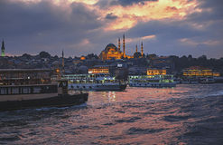 Mosquée de Suleymaniye, Istanbul au coucher du soleil Images stock