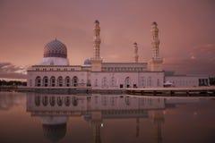 Mosquée de ville de Kota Kinabalu au Bornéo du nord Sabah Malaysia image libre de droits