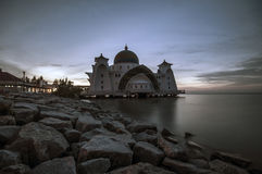 Mosquée Melaka Malaisie de détroits de Melaka image stock