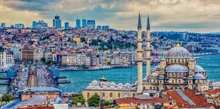 Mosquée neuve à Istanbul Photos libres de droits
