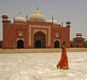 Mosque. Hindu woman walking past Muslim mosque Stock Photography