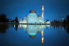Mosque. Puchong perdana Mosque in Malaysia. 25 seconds long exposure in dusk Royalty Free Stock Photo