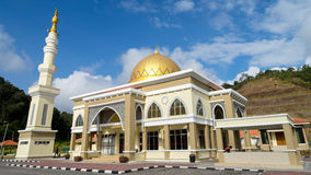 Mosque Lojing in Cameron Highlands, Malaysia. CAMERON HIGHLANDS, MALAYSIA - 8TH MARCH 2015;The beautiful Lojing Mosque located at Lojing district near to Cameron Royalty Free Stock Image
