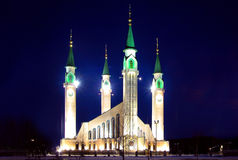 Mosque at night. She is fine and majestic Royalty Free Stock Photos