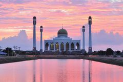 Mosque in songkhla thailand on sunset. And basin in front of it Stock Image