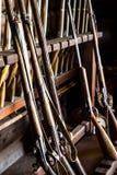 Mosquetes antiguos en el arsenal Fotografía de archivo