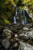 Moss Glen Falls - vattenfall och nedgång/Autumn Colors - Vermont arkivfoton